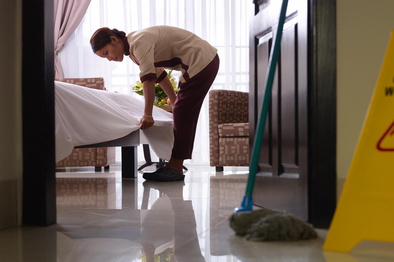 Sprzątanie pomieszczeń za pomocą ozonowania – na czym polega