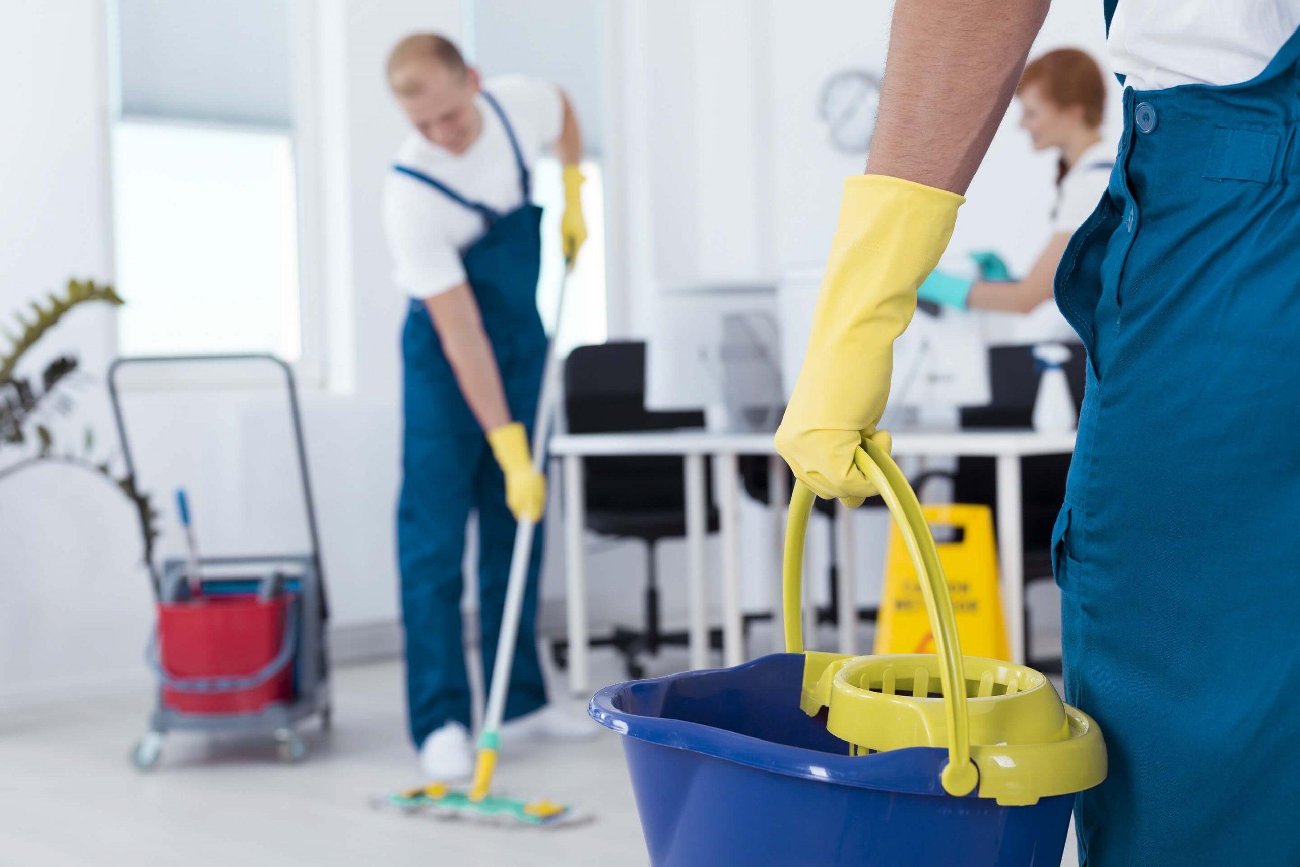 Jak wybrać firmę sprzątającą?
